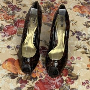 Unlisted Brown high-heeled shoe
